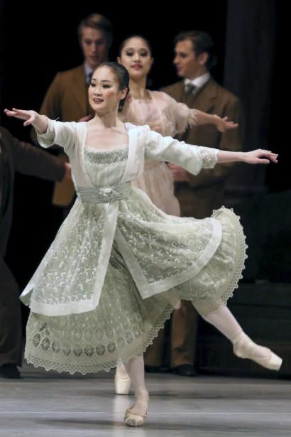 Jusqu'au 6 décembre, le Royal Winnipeg Ballet présente le classique <em>Casse-Noisette</em> sur les planches du Centre national des arts. (Patrick Woodbury, LeDroit)