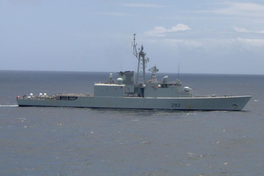 Le navire NCSM Athabaskan... (PHOTO FOURNIE PAR WIKIPEDIA)