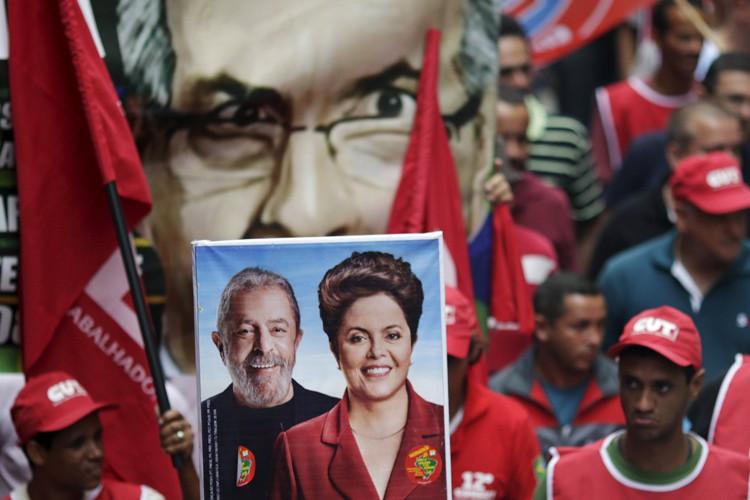 L'héritière politique de l'ex-président Lula est embourbée dans... (PHOTO REUTERS)