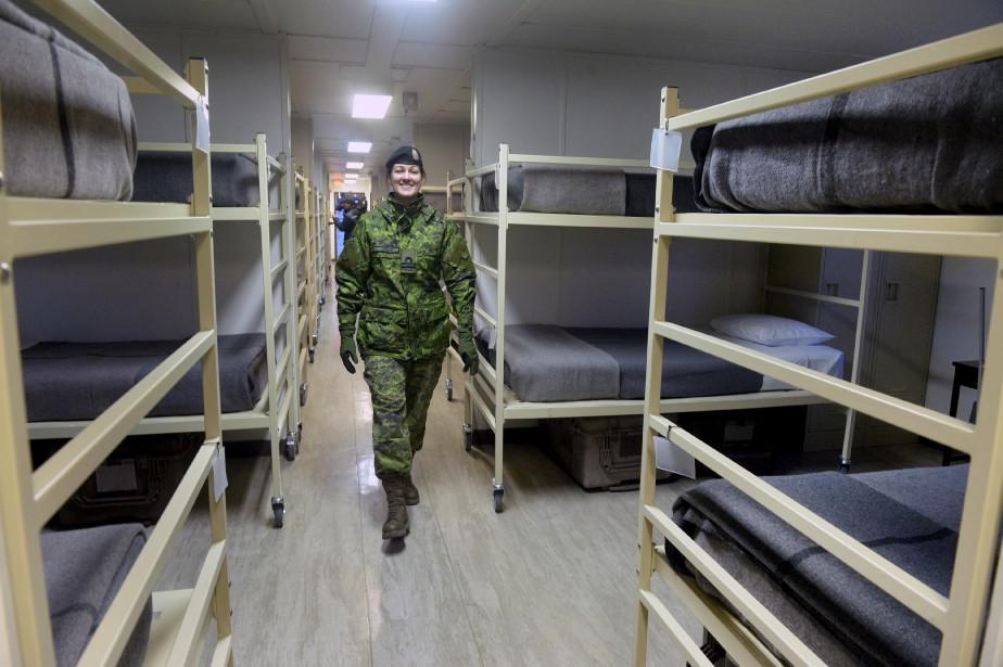 Treize dortoirs ont été rénovés et aménagés afin d'accueillir confortablement les réfugiés, si le besoin s'en fait sentir. Valcartier pourra recevoir jusqu'à 2000 personnes. (Le Soleil, Jean-Marie Villeneuve)