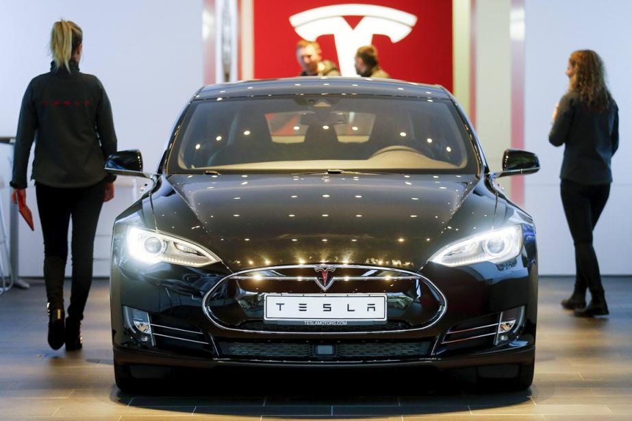 La Tesla Model S... (Photo Hannibal Hanschke, Reuters)