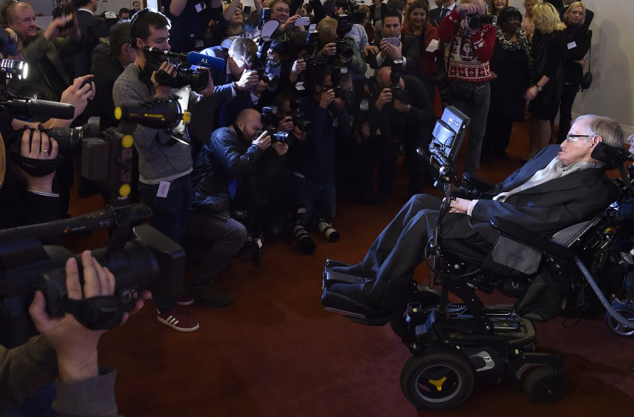 Stephen Hawking... (Photo Toby Melville, Reuters)