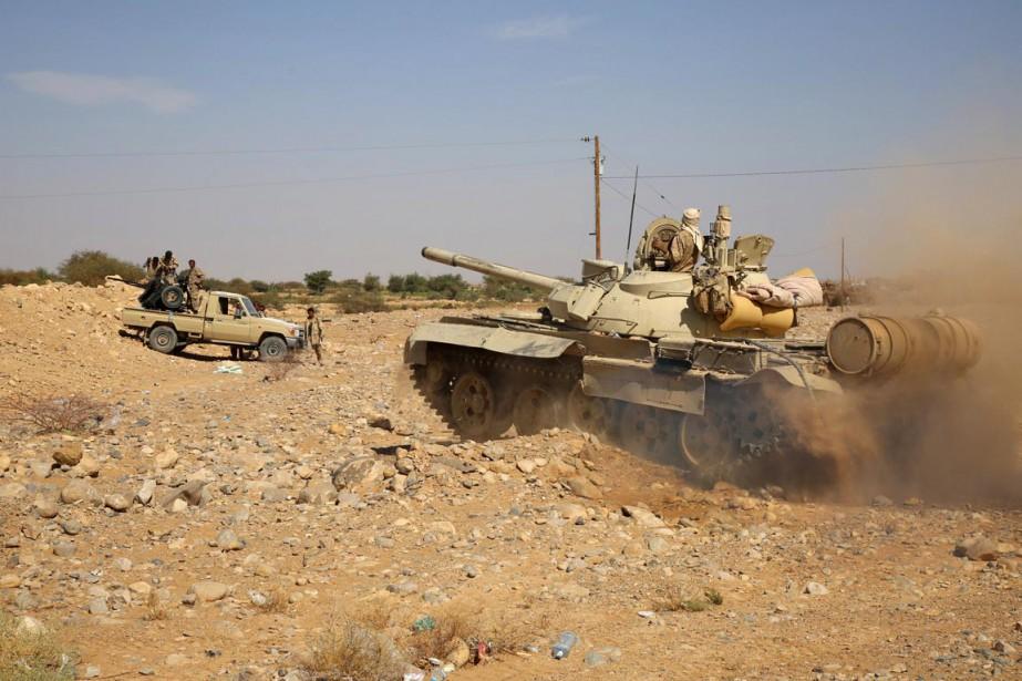 Aidées par des tribus, les forces loyalistes ont... (Photo ABDULLAH AL-QADRY, AFP)