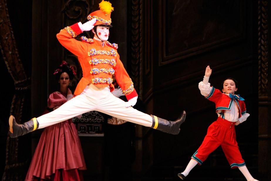 Le ballet Casse-Noisette est présenté deux fois par... (PHOTO BERNARD BRAULT, ARCHIVES LA PRESSE)