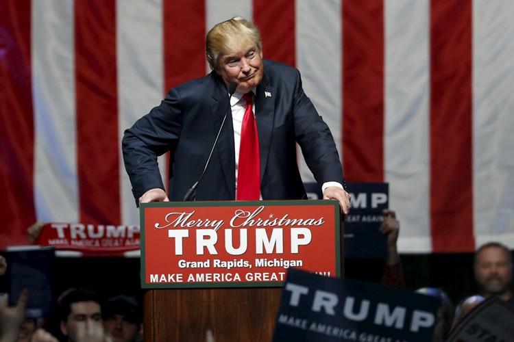 Donald Trump se trouvait lundi soir à Grand... (PHOTO REUTERS)