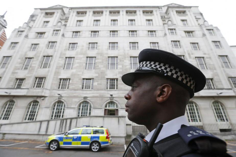 Depuis août 2014, le niveau de menace terroriste... (PHOTO ARCHIVES AFP)