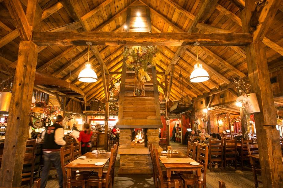 Le restaurant Au Petit Poucet sert des classiques... (PHOTO HUGO-SÉBASTIEN AUBERT, LAPRESSE)