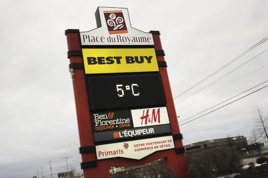 Le record de chaleur du 25 décembre n'a pas été battu. Mais le thermomètre affichait 5 degrés vendredi. (Photo Le Quotidien, Mariane L. St-Gelais)