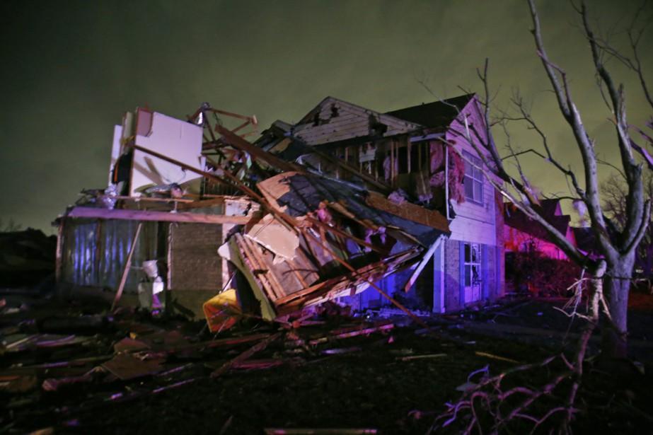Cette maison de Rowlett, au Texas, a subi... (Photo Guy Reynolds/The Dallas Morning News via AP)