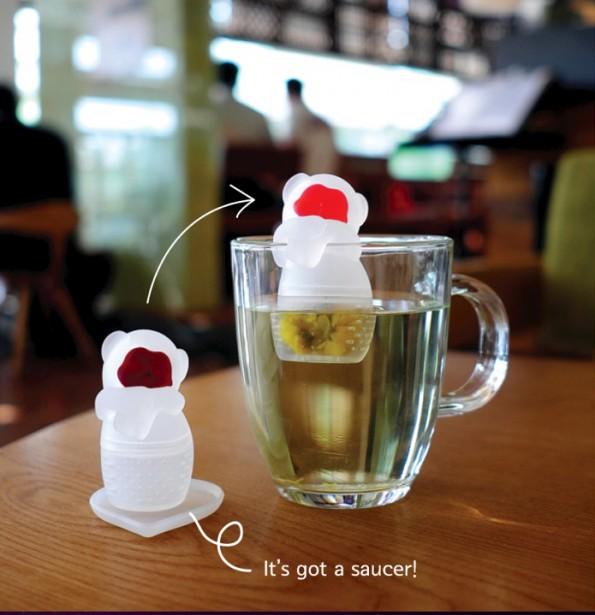 Infuseur à thé Teamong en silicone de Toyoyo, 17,99 $ chez L'Inventaire (Le singe des montagnes indique quand le thé est prêt lorsque son visage change de couleur) (Tirée du site Web de Teamong)