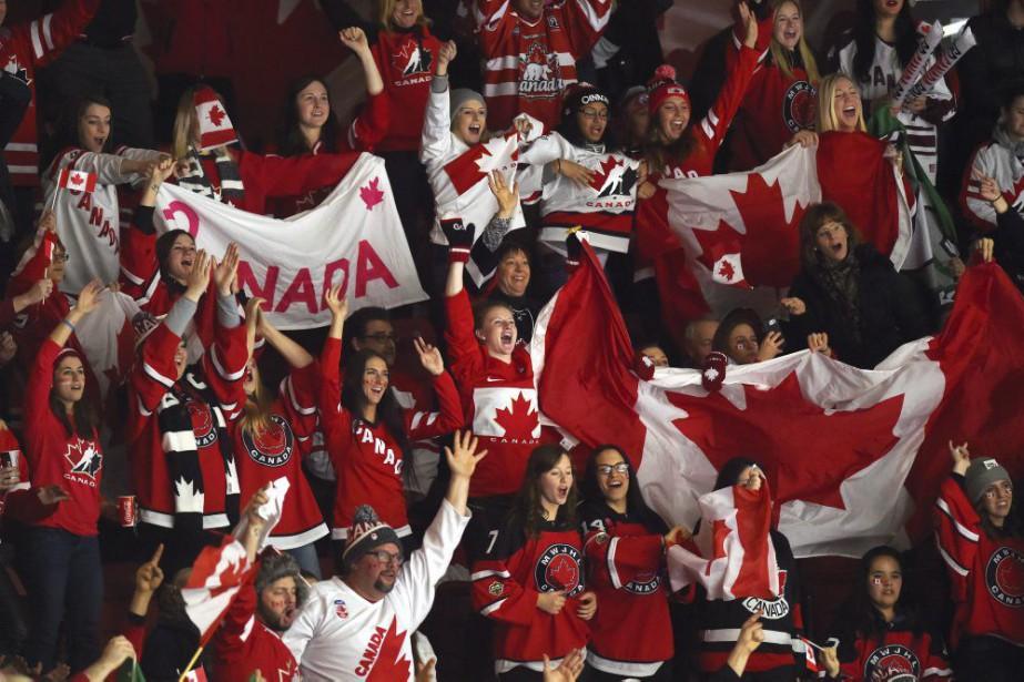 L'équipe canadienne de hockey junior a beau attirer... (PHOTO SEAN KILPATRICK, LA PRESSE CANADIENNE)