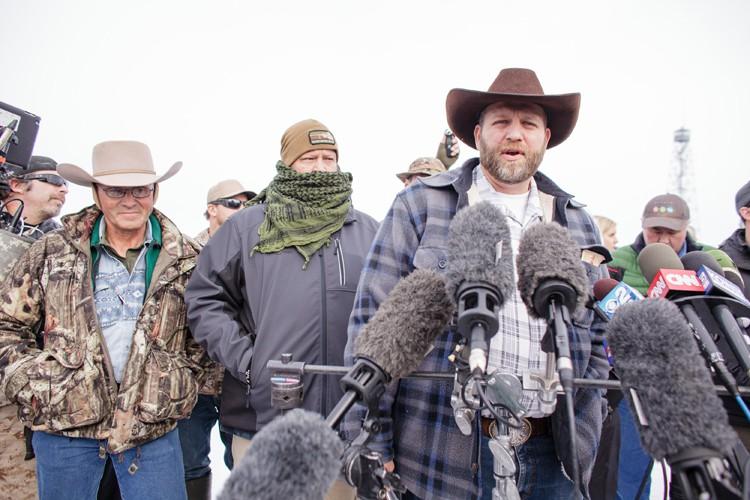 Les milicienssont menés par Ammon Bundy (à droite),... (PHOTO AFP)