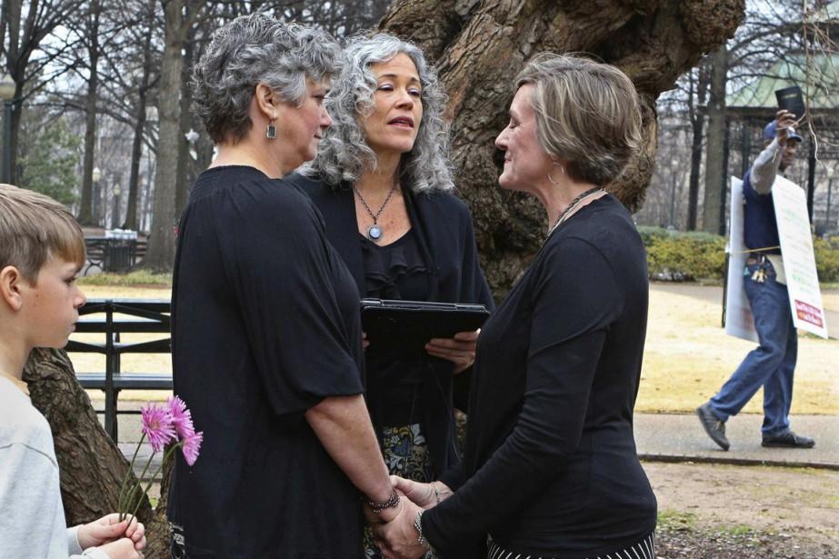 Un mariage gai célébré à Birmingham, en Alabama,... (Photo Marvin Gentry, archives Reuters)