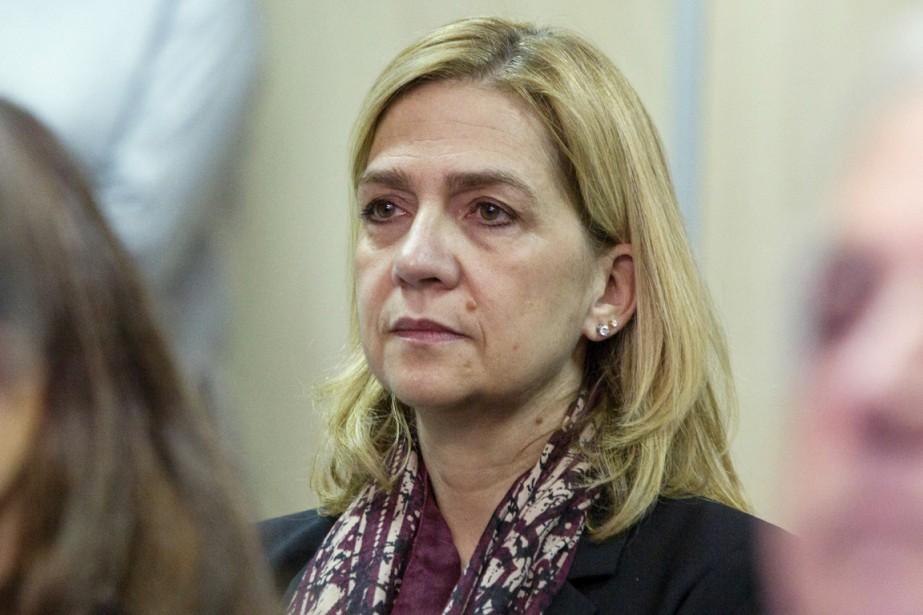Aux côtés des 17 autres prévenus, Cristina d'Espagneest... (PHOTO CATI CLADERA, REUTERS)