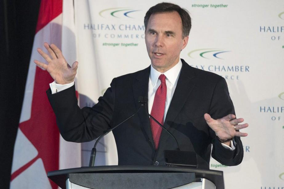 Bill Morneaus'est affairé mardi à rappeler que l'économie... (Photo Andrew Vaughan, Archives La Presse Canadienne)