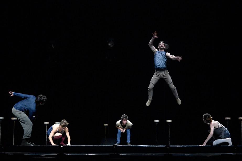 La troupe de cirqueLes 7 doigts de la... (PHOTO BERNARD BRAULT, LA PRESSE)