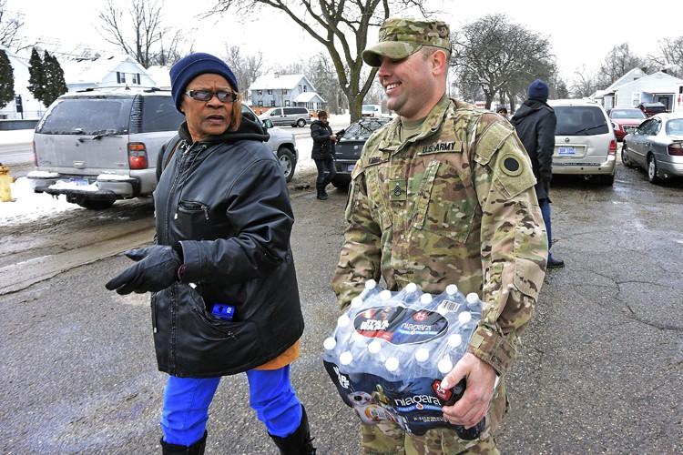 L'eau potable de Flint a été contaminée par... (PHOTO AP)
