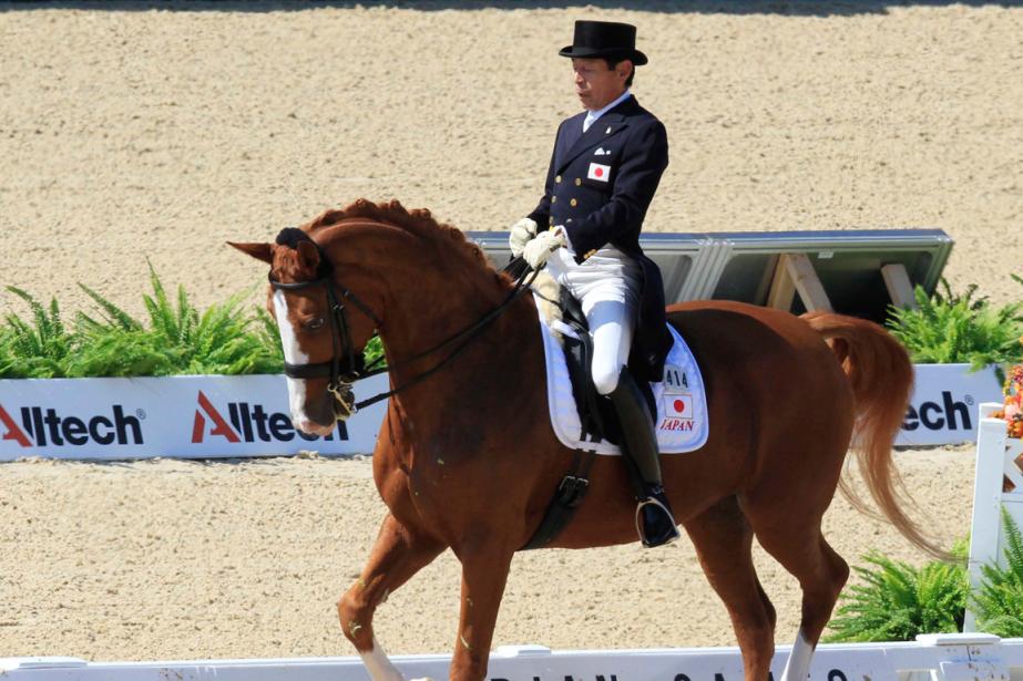 Le cavalier japonais Hiroshi Hoketsu était le plus... (Photo John Sommers II, Reuters)