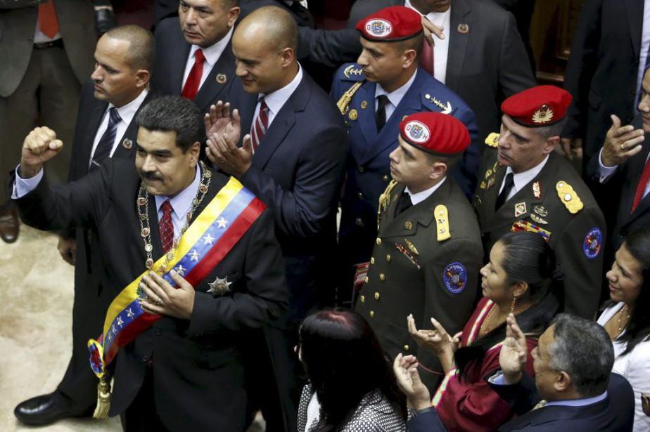 Le président du Venezuela Nicolas Maduro s'est adressé... (Photo CARLOS GARCIA RAWLINS, Reuters)