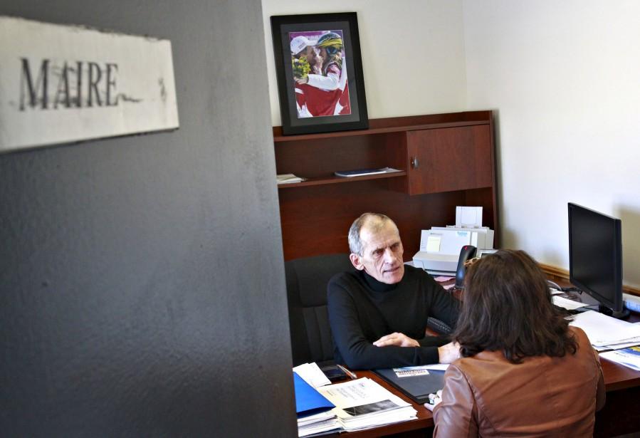 Gérald Maltais, père de la planchiste et championne olympique Dominique Maltais, ancien policier de la Sûreté du Québec, est maire de Petite-Rivière-Saint-François depuis 2009. (Le Soleil, Pascal Ratthé)