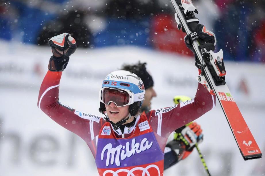 Il s'agissait de la quatrième victoire en cinq... (PHOTO FABRICE COFFRINI, AFP)