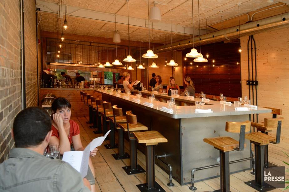 Vue intérieure du restaurant Hôtel Herman, boulevard St-Laurent.... (PHOTO BERNARD BRAULT, LA PRESSE)