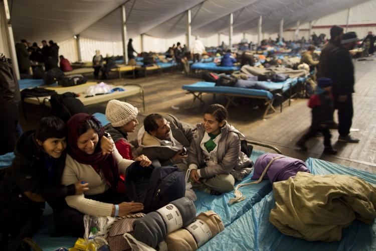 Le gouvernement autrichien a annoncé vouloir limiter à... (PHOTO AP)