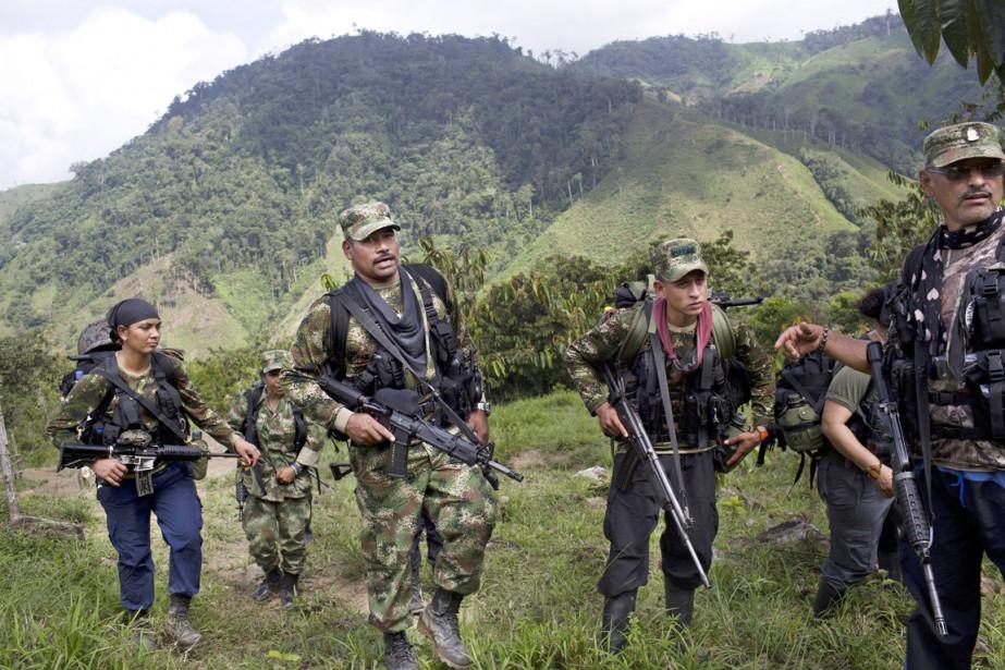 Les FARC, issues en 1964 d'une insurrection paysanne,... (PHOTO RODRIGO ABD, ARCHIVES AP)