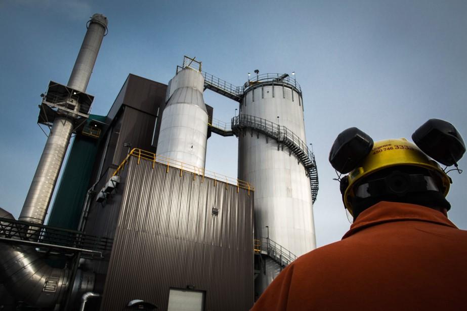 Les investissements des entreprises québécoises en machines et... (PHOTO MARTIN TREMBLAY, ARCHIVES LA PRESSE)