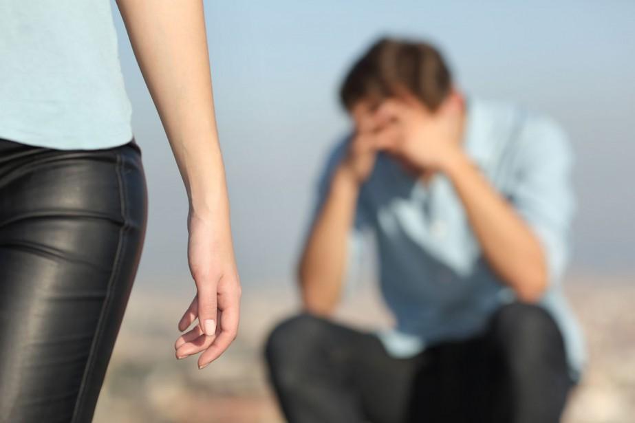 Les hommes vivraient de hauts niveaux de détresse... (PHOTO THINKSTOCK)