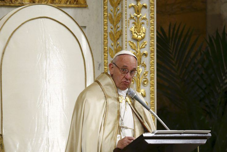 Le pape François... (PHOTO REMO CASILLI, REUTERS)