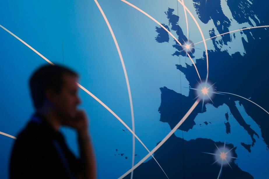 Les entreprises canadiennes de télécoms ont généré un... (PhotoAlbert Gea, Reuters)