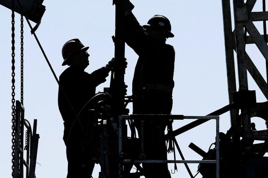 Les installations de Suncor près deFort McMurray, en... (Photo archives La Presse Canadienne)