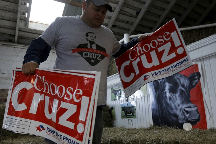 Ted Cruz devance légèrement Donald Trump parmi les... (PHOTO REUTERS)