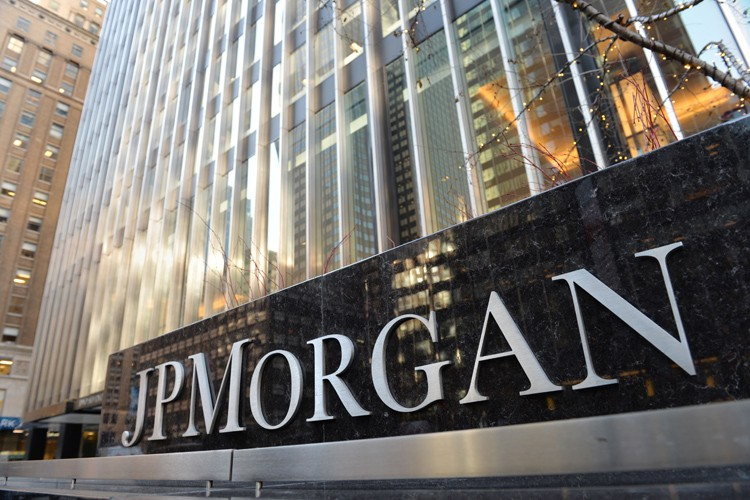 La banque JPMorgan Chase a conclu deux accords distincts mardi... (ARCHIVES AFP)