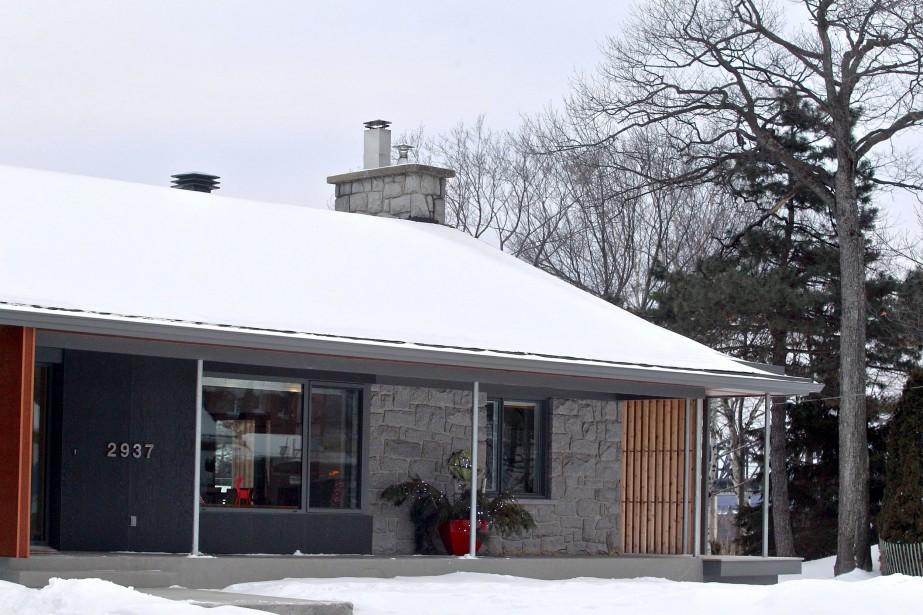 Le concept extérieur de la maison a été confié à l'architecte Régis Lechasseur, de la firme Bourgeois Lechasseur. (Le Soleil, Pascal Ratthé)