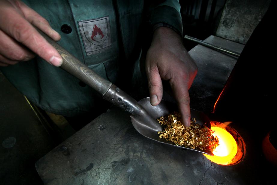 Le prix de l'or, à 1125$US l'once hier,... (PHOTO BALINT PORNECZI, ARCHIVES BLOOMBERG)