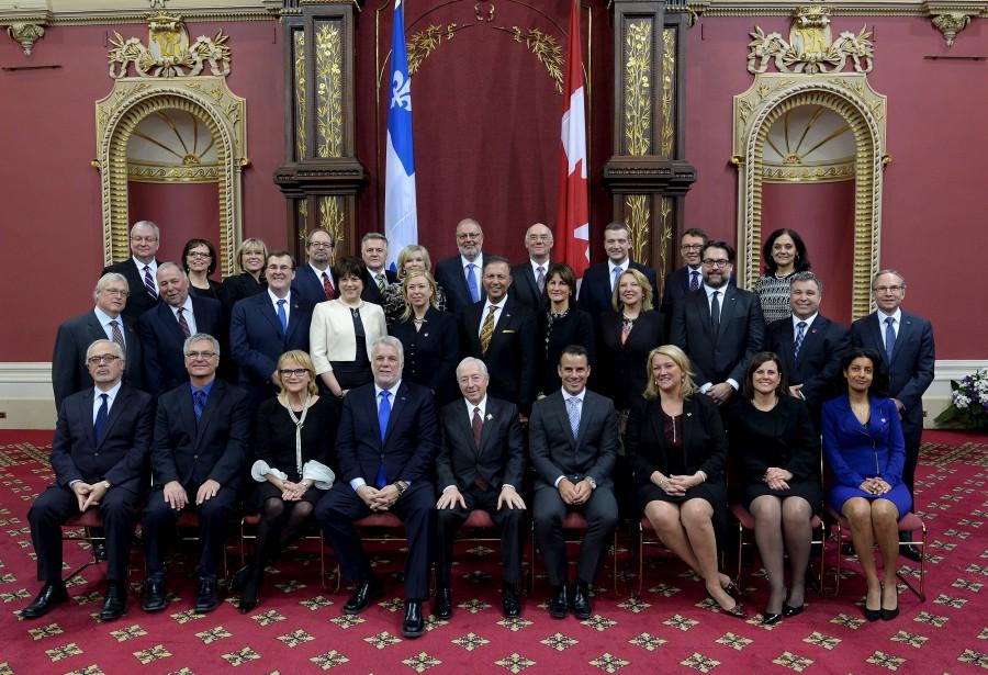 Photo de famille pour les ministres libéraux (Le Soleil, Érick Labbé)