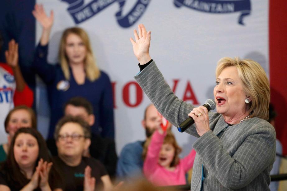 Hillary Clinton est la préférée de 45% des... (PhotoAdrees Latif, Reuters)