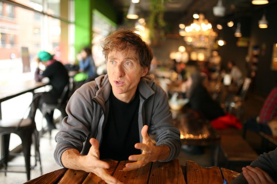 Le comédien et humoriste Emmanuel Bilodeau est le... (PHOTO Martin Chamberland, LA PRESSE)