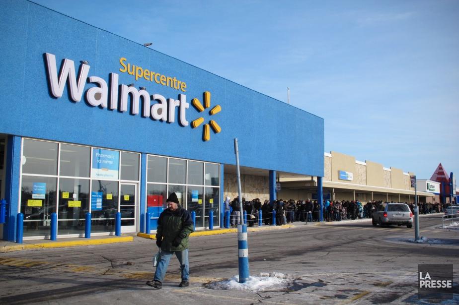À Wall Street, le titre de Walmart, qui... (PHOTO NINON PEDNAULT, ARCHIVES LA PRESSE)