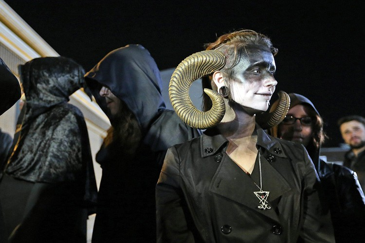 Le temple satanique a menacé d'engager des poursuites... (ARCHIVES AP)