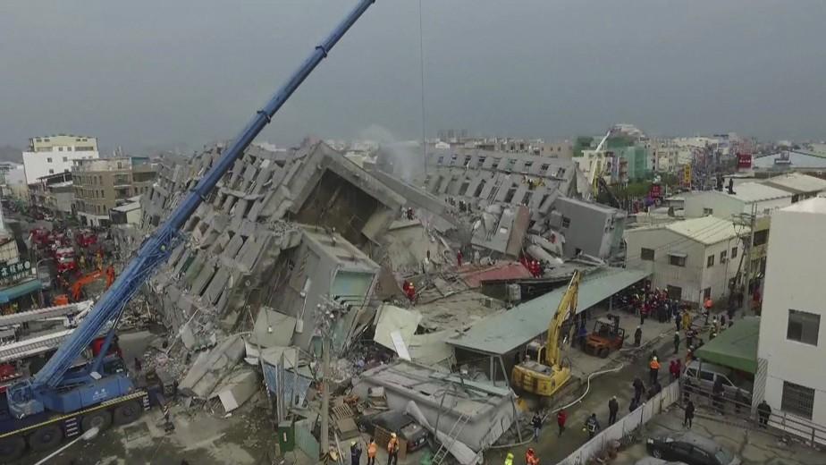 400 personnes auraient été blessées à travers la ville de Tainan, dont une soixantaine auraient été transportées à l'hôpital. (AFP)