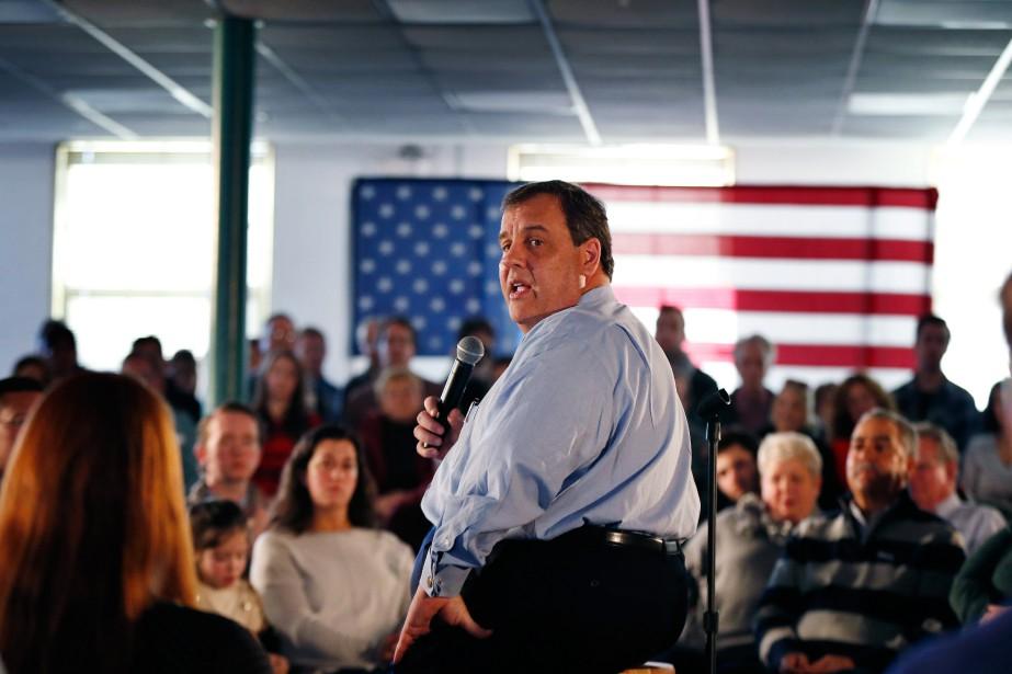 Le gouverneur du New Jersey Chris Christie... (PHOTO ROBERT F. BUKATY, ASSOCIATED PRESS)