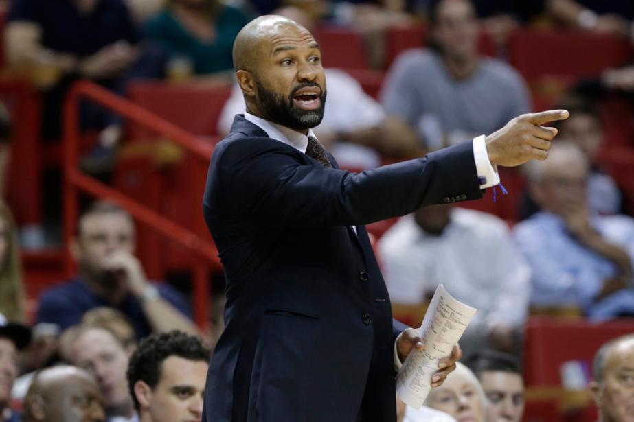 L'entraîneur-chef des Knicks de New York, Derek Fisher.... (Photo Lynne Sladky, archives AP)