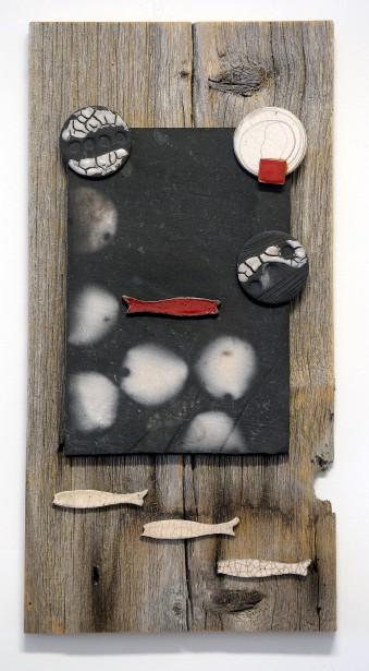 Mélange de matières: ici avec la céramique et le bois de grève (Photo Le Soleil, Erick Labbé)