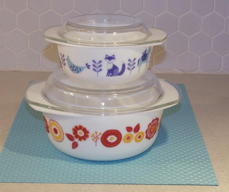 <span><span><span>Plats de cuisson d'inspiration rétro Modglass par now Design.</span></span></span> (Mélissa Bradette)
