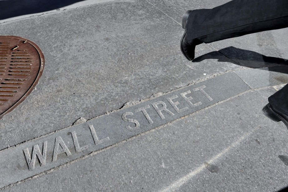 Wall Street a monté lundi, continuant un... (PHOTO STAN HONDA, ARCHIVES AFP)