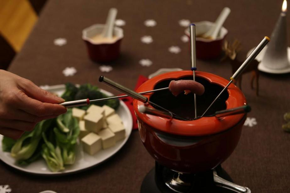 La fondue est le plat parfait pour une soirée pas... (PHOTO THINKSTOCK)
