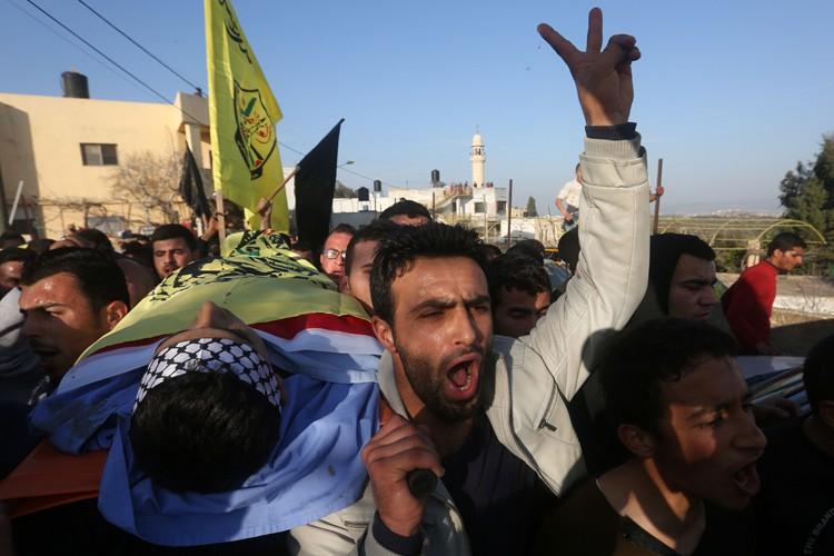 Les corps de Nihad et Fouad Waked sont... (PHOTO AFP)